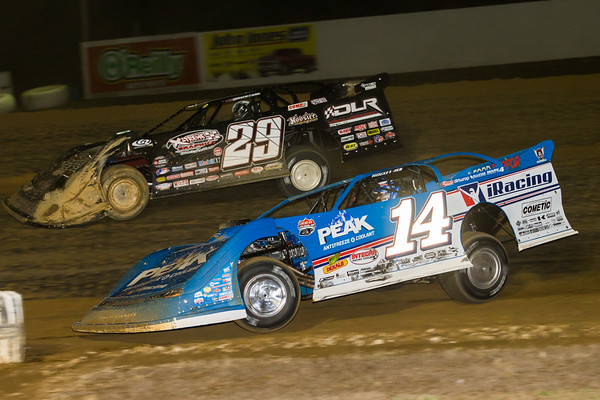 Darrell Lanigan (29) and Josh Richards (14)