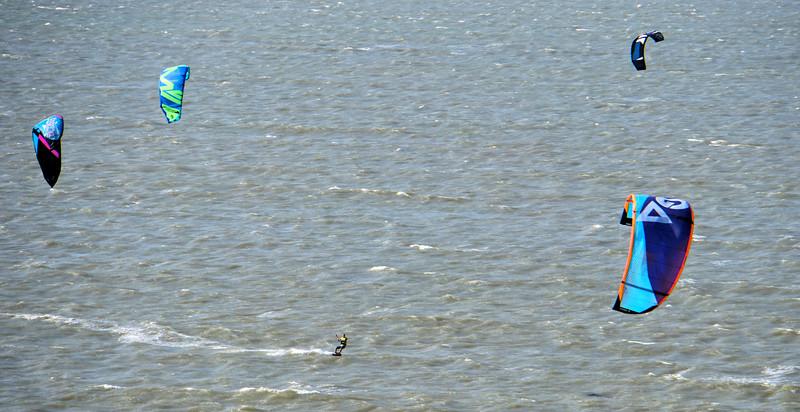Kite surfers in Cartagena