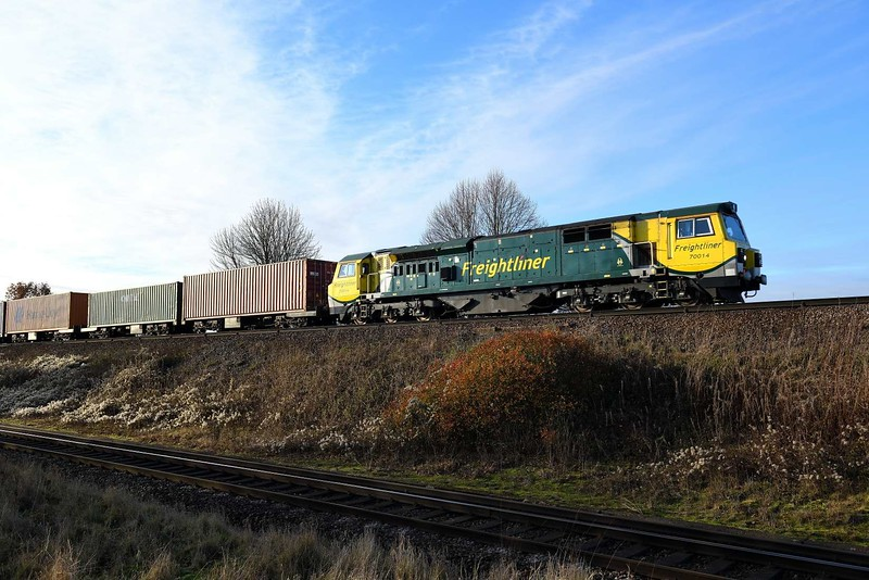 3 December 2019 :: 70014 is approaching Battledown Flyover while working 4M61 from Southampton to Trafford Park