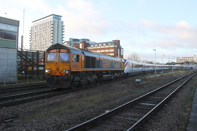 66726 Basingstoke 23/12/19 5X98 Eastleigh to Acton with 801215