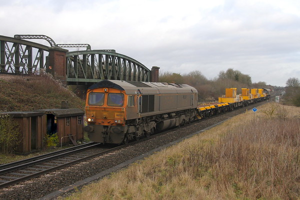 66731 Battledown 06/12/19 6Y68 Tonbridge to Eastleigh with 66739 on the rear