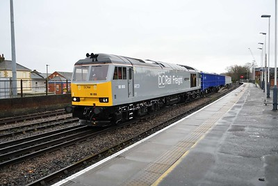 10 December 2019 :: In its new DC Rail Freight livery 60055 passes through Salisbury with 6Z90 from Southampton Up Yard to Westbury
