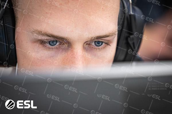 20191014_Jak-Howard_ESL-Pro-League-EU_03913