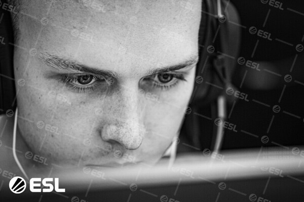 20191014_Jak-Howard_ESL-Pro-League-EU_03911