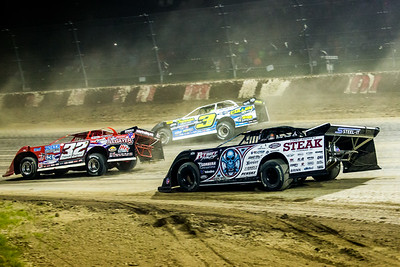 Bobby Pierce (32), Brian Shirley (3S) and Scott Bloomquist (0)