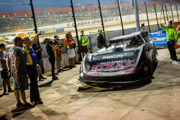Scott Bloomquist being sent off the scales after being two pounds light