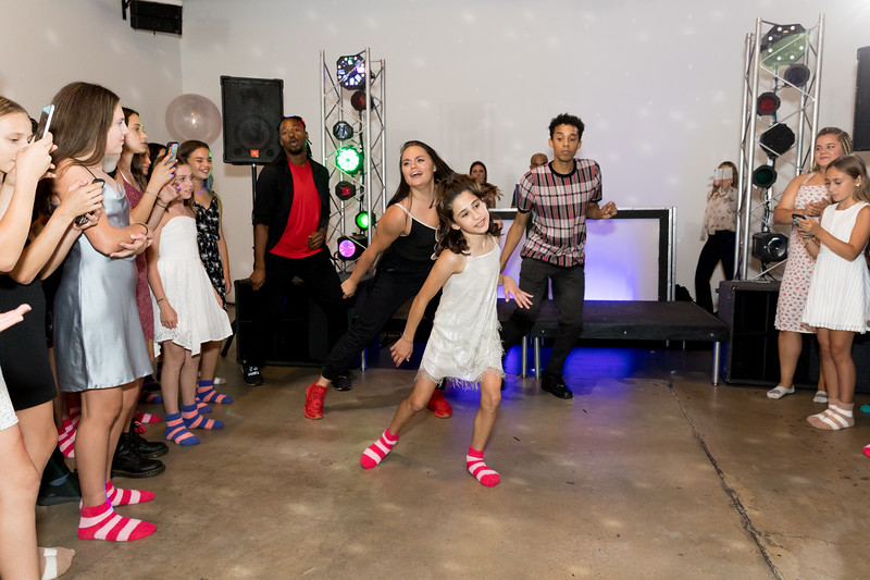 Party -1212