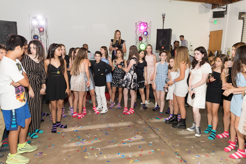 Party -1306