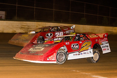 Brandon Overton (2) and Tim McCreadie (39)