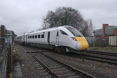 800102 Basingstoke 08/02/19 5X82 Eastleigh to Acton