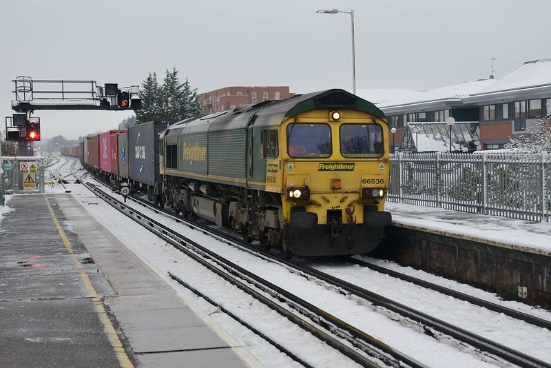 1 February 2019 :: 66536 is passing Basingstoke working 4M55 from Southampton to Lawley Street