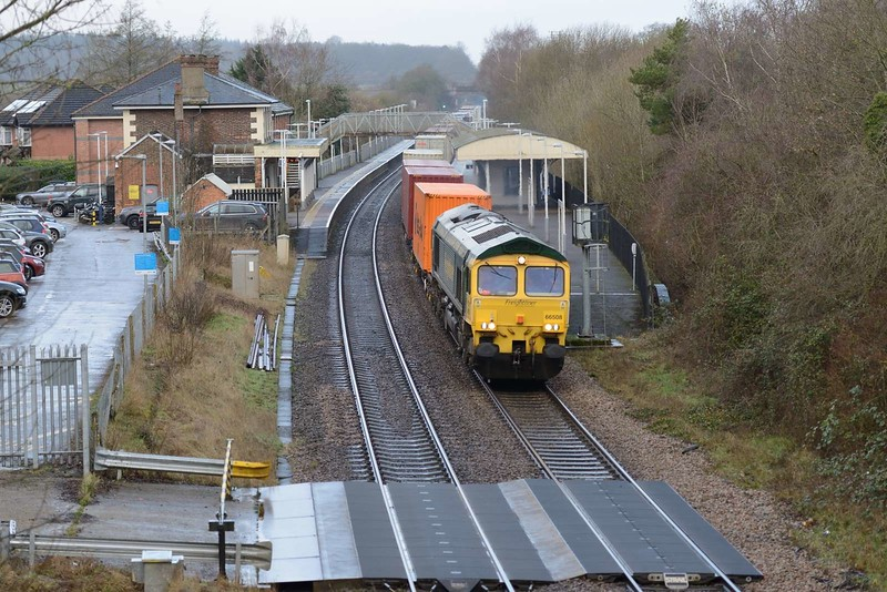 7 February 2019 ::  66508 is at Whitchurch heading a diverted 4M55 from Southampton to Lawley Street