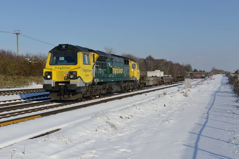 2 February 2019 :: 70008 is passing Worting Junction leading 4O90 from Leeds to Southampton
