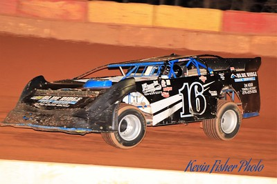b) 602 Late Model Feature   037