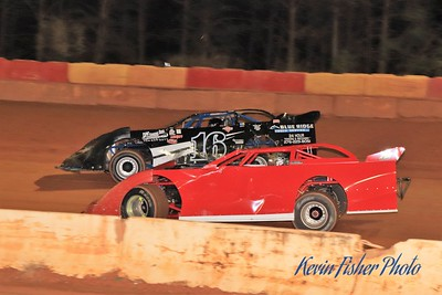 b) 602 Late Model Feature   033