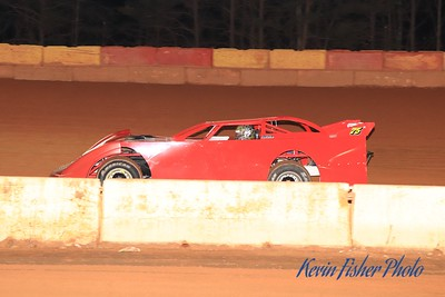 b) 602 Late Model Feature   026