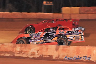 b) 602 Late Model Feature   034