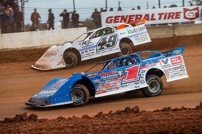 Brandon Sheppard (1) and Jonathan Davenport (49)