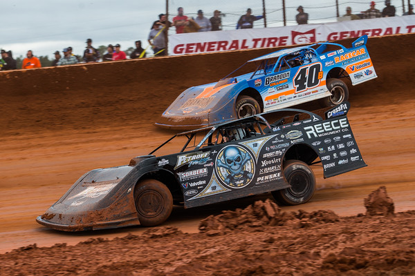 Scott Bloomquist (0) and Kyle Bronson (40B)