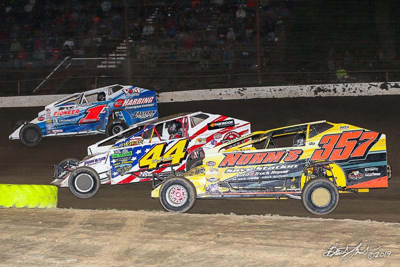 Grandview Speedway - 1C Craig Von Dohren, 44M Doug Manmiller, 357 Duane Howard