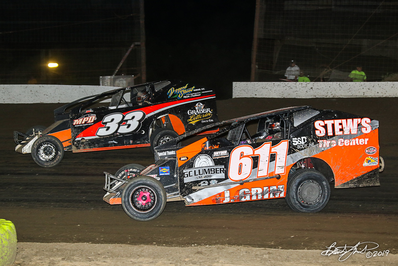 Grandview Speedway - 33 Ray Swinehart, 611 Justin Grim