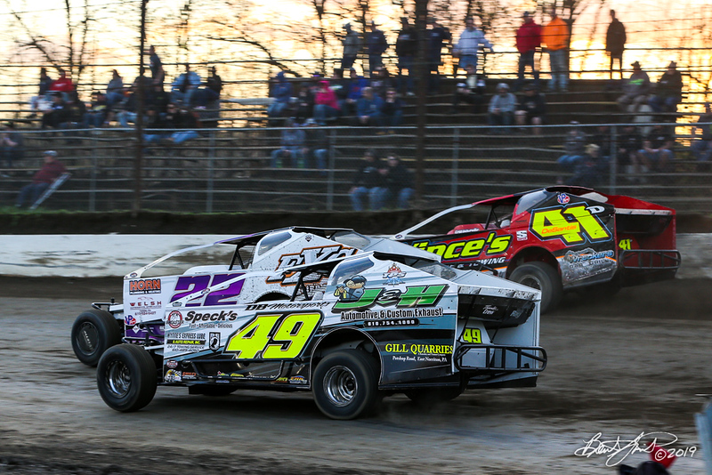 Grandview Speedway - 49 Ryan Lilick, 22 Richie Hitzler, 41D Meme DeSantis