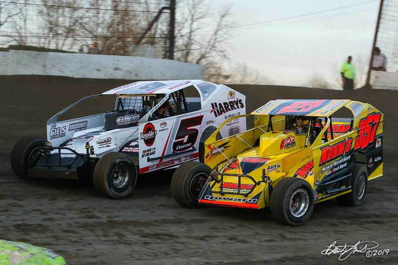 Grandview Speedway - 5 Frank Cozze, 357 Duane Howard
