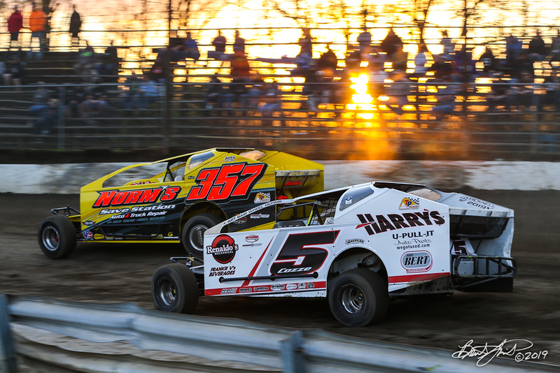 Grandview Speedway - 357 Duane Howard, 5 Frank Cozze