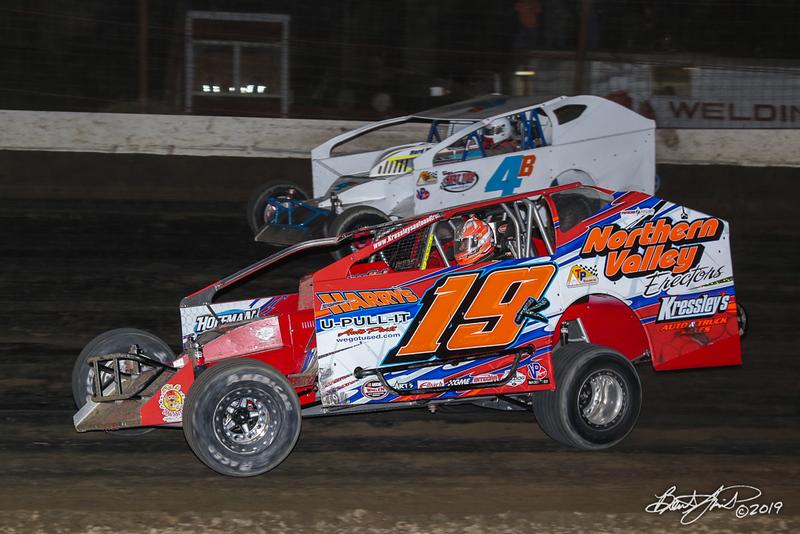 Grandview Speedway - 4B Clay Butler, 19K Brett Kressley