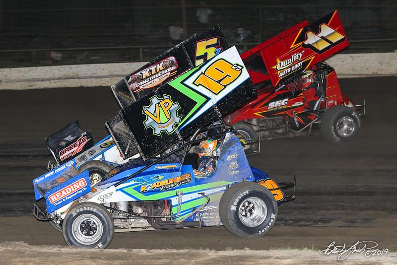 Capitol Renegade United Racing Company - Grandview Speedway - 19 Steve Drevicki, 5Z Zach Burd, 11 Ryan Stillwaggon