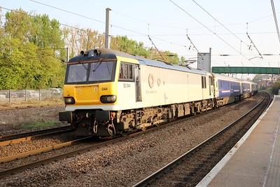 92044 'Couperin' 0739/1E43 Aberdeen-Kings Cross diverted Caledonian sleeper