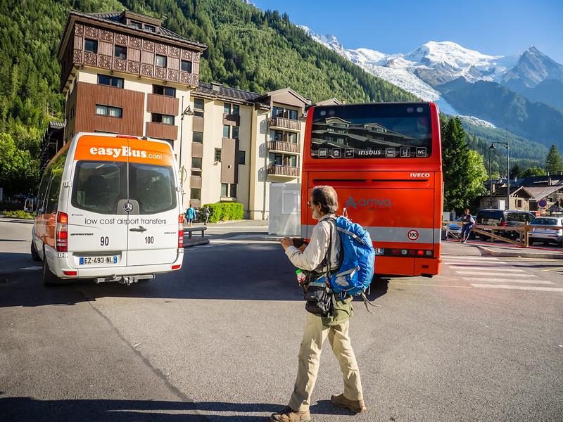 9/3 - Easybus arrives in Chamonix