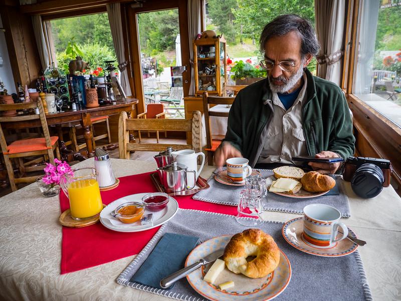 9/7 - Breakfast