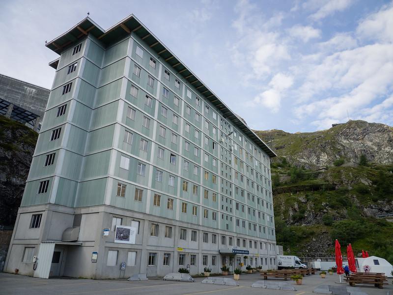 9/10 - Hotel du Barrage