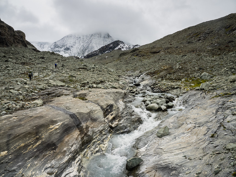 9/10 - Glacier runoff