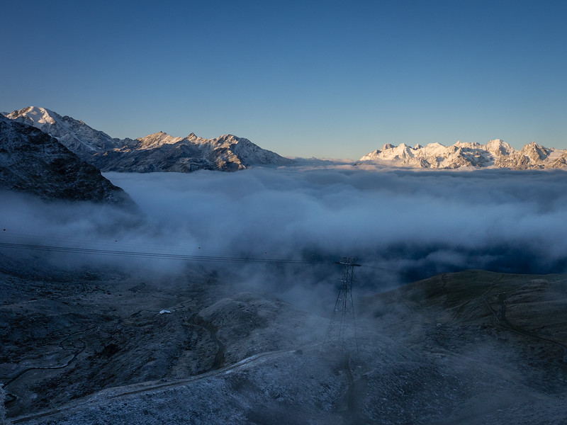 9/9 - Grand Combin and Mont Blanc massif