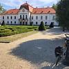Mansion of Sécsényi, a progressive nobleman, build first bridge (Lánc hid) across Duna.