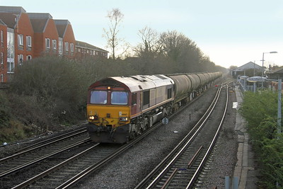 66167 Farnham 23/01/19 6Y34 Holybourne to Long Marston with the final wagons for scrapping