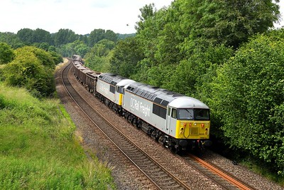 25 June 2019 :: 56091 + 56103 pass near Sherrington with 6Z91 a train of crushed spent ballast travelling from Westbury to Southampton Up Yard