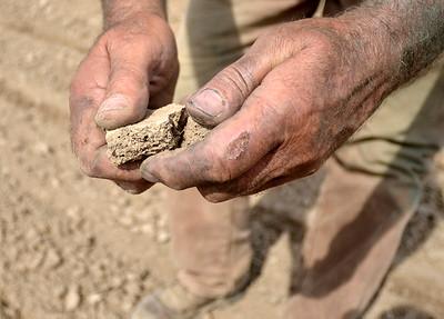 MET 060619 Dry Dirt