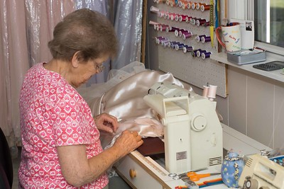 MOM SEWING-00863