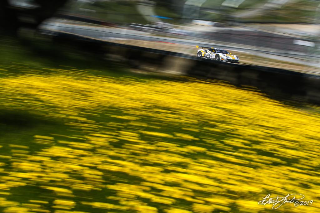 Intercontinental GT Challenge Powered by Pirelli - California 8 Hour - WeatherTech Raceway Laguna Seca - 27 HubAuto Corsa Ferrari 488 GT3, Nick Foster, Tim Slade, Miguel Molina