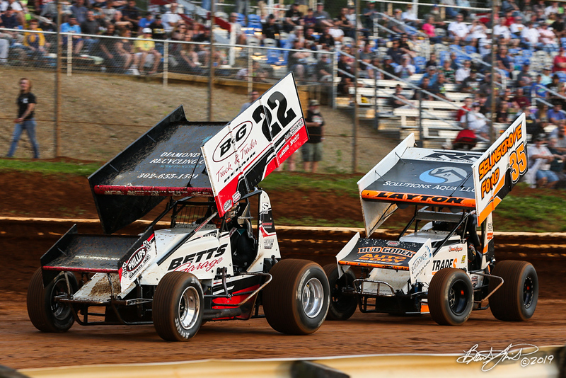 360/358 Challenge- Capitol Renegade United Racing Company - Lincoln Speedway - 22 Troy Betts, 35 Chad Layton