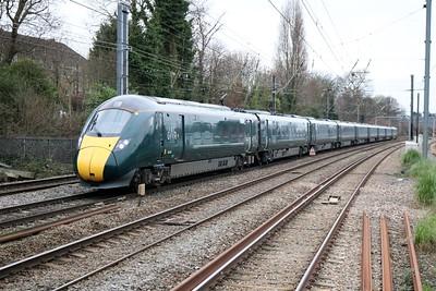 800310 1152/1P24 Paddington-Swansea passes Acton Mainline