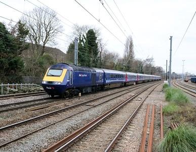 43018_43009 1254/1P26 Oxford-Paddington passes Acton Mainline