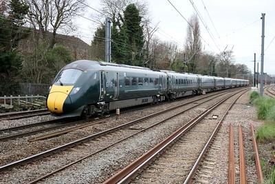 800017_800026 1157/1L46 Cardiff-Paddington passes Acton Mainline