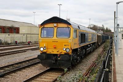 66717 1353/6M01 Cricklewood-Calvert passes Acton Mainline