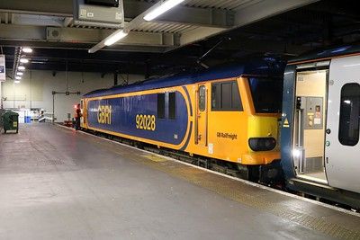 92028 0858/1M16 Inverness-Euston