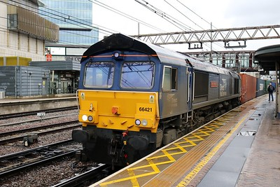 66421 'Gresty Bridge TMD' 1038/4m07 Tilbury-Daventry at Stratford