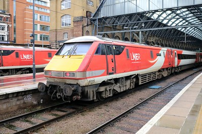 91115 'Blaydon Races' 1306/1N85 Kings Cross-York